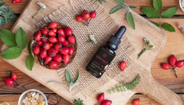 Ulje od šipka koji je pun vitamina C se nalazi u serum protiv bora - Royal Balm